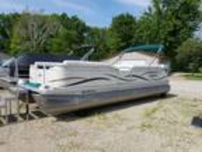2003 Sweetwater 2423 RE