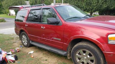 2008 expedition wrecked