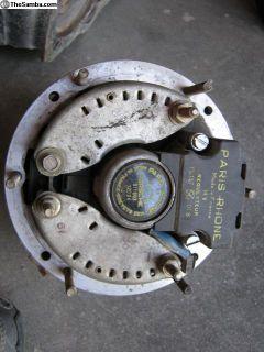 early 911 alternator