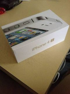 Apple iphone 4s 8gb ATT