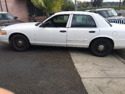 2011 Ford Crown Victoria Police Interceptor (White)
