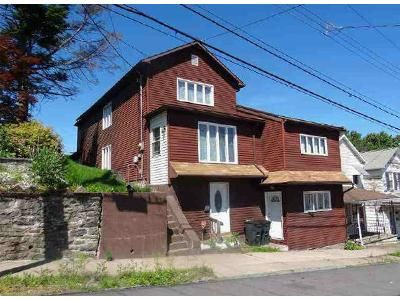 4 Bed 2 Bath Foreclosure Property in Nanticoke, PA 18634 - S Hanover St