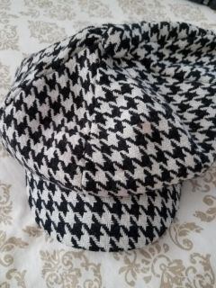 Houndstooth hat.