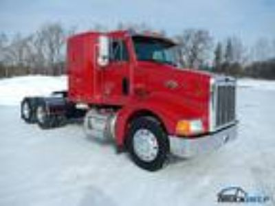 Used 2003 Peterbilt 385 for sale.
