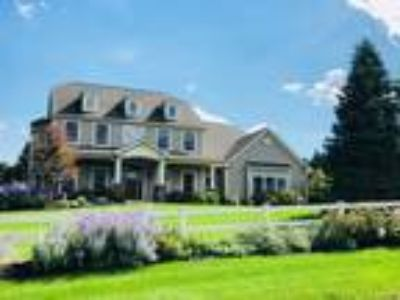 Five BR/4.Two BA Property in Manlius, NY