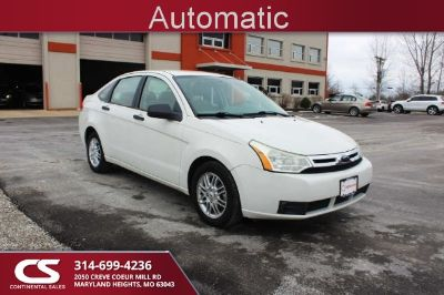 2009 Ford Focus SE (White Suede - White)