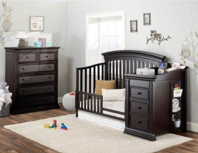 Convertible Crib and Changing Table- Sorelle Sedona 4-in-1 Crib and Changing Table Set- Includes Toddler Rail
