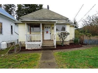 3 Bed 1 Bath Foreclosure Property in Coquille, OR 97423 - E 4th St