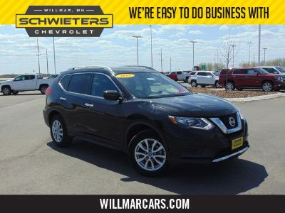 2017 Nissan Rogue (Magnetic Black)