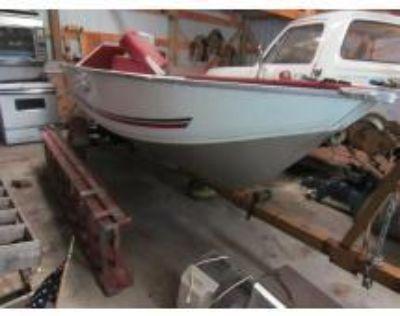 Fishing Boat, Shop & Tools - Minong, WI