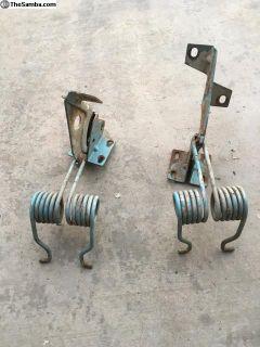 Ghia Rear deck lid springs /Hinge