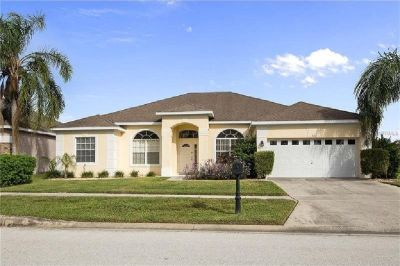 Fully Furnished Well Appointed Corner Lot Perfect Home