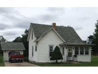 3 Bed 1.5 Bath Foreclosure Property in Marshalltown, IA 50158 - N 17th St