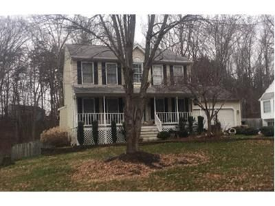 3 Bed 2.5 Bath Foreclosure Property in Fredericksburg, VA 22407 - Hickory Creek Dr