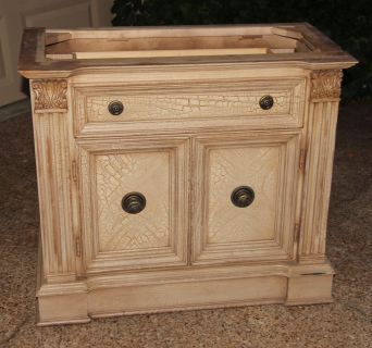 LEXINGTON $$$ NICE STURDY & SOLID END TABLE ~ SIDE TABLE ~