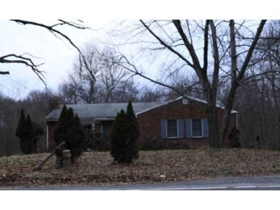 3 Bed 2 Bath Foreclosure Property in New Windsor, NY 12553 - Quassaick Ave