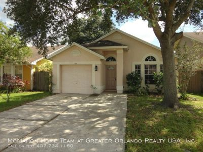 East Orlando 3br 2ba in Sutton Ridge. NEW A/C, NEW CARPET, FENCED YARD.