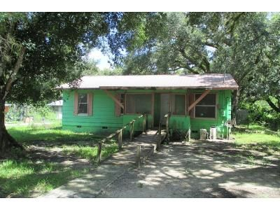 3 Bed 1 Bath Foreclosure Property in Labelle, FL 33935 - Kissimmee Ave