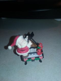 Vintage 1998 Santa piano with little red birds