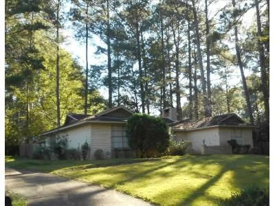 3 Bed 2 Bath Foreclosure Property in Jackson, MS 39212 - Old Lake Rd