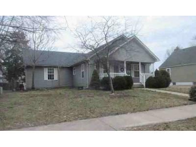 3 Bed 1 Bath Foreclosure Property in Granite City, IL 62040 - Madison Ave