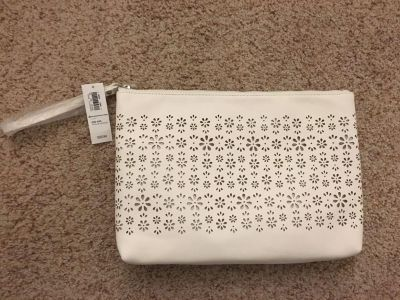 New with tags-white wristlet purse