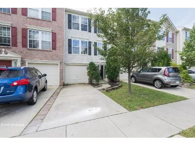 3 Bed 2.5 Bath Foreclosure Property in Clementon, NJ 08021 - Millstream Rd