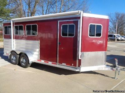2016 Featherlite 9409 3 horse trailer w Escape Door, Awning