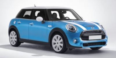 2018 MINI Hardtop 4 Door Cooper S (Blazing Red Metallic)