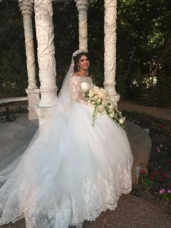 Abigail's Long Sleeve Luxury Sweetheart Wedding Dress With 1.5 Foot Train
