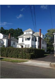 West Hartford - Beautiful 3 Bedroom in 2 Family