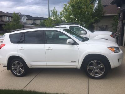 2011 Toyota Rav 4 with sport appearance pkg