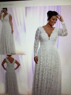 Plus size White Wedding Gown/Dress Lace Size 24W Sleeveless or attachable Sleeves included