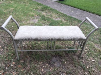Entryway or end of bed bench seat , flash