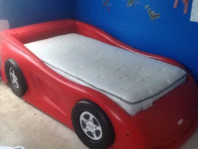 Little Tikes Twin Car Bed