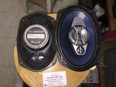 Buy Pioneer TS-A6960R 6 x 9 3-way Speakers 1233 motorcycle in Romulus, Michigan, United States
