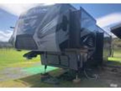 2016 Keystone RV Fuzion-Chrome 5th Wheel in Battle Ground, WA