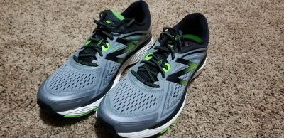 Brand New New Balance 860v8 Men's Running Shoes Size 16