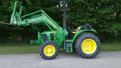 2009 John Deere 6230 for sale in Hamilton, MI.