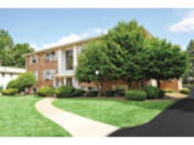 Green Lake Apartments - Two BR, 1.5 BA Townhome 1,350 sq. ft.