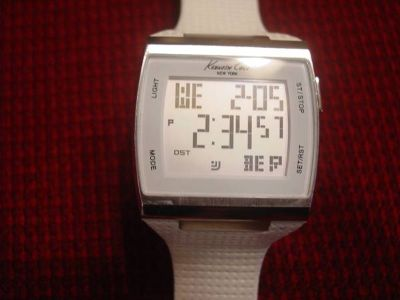 KENNETH COLE DIGI-TOUCH WATCH