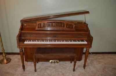 Kimball Upright Piano - Excellent Condition