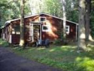 Whispering Pines Cottages - Cottage