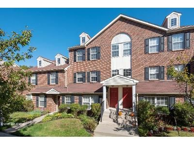 2 Bed 2.5 Bath Foreclosure Property in Mays Landing, NJ 08330 - John Adams Ct