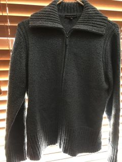Woman s Large zip up sweater