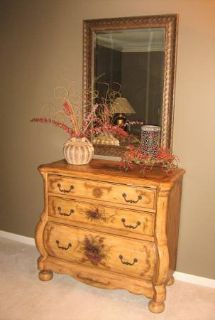 Nice 3 Drawer Wood Accent Chest - Dresser - Cabinet - Victorian