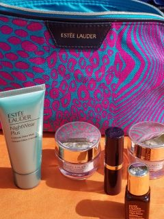 Estee lauder Makeup bag and skin PRODUCTS!
