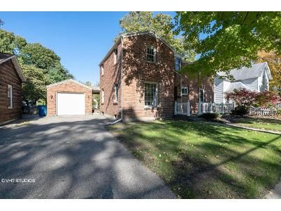 3 Bed 2 Bath Foreclosure Property in Otsego, MI 49078 - E Orleans St
