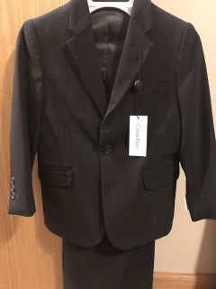 Calvin Klein boys 2 piece black suit size 6 new with tag