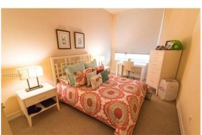 3 bedrooms - Completely furnished apartment, Towels.